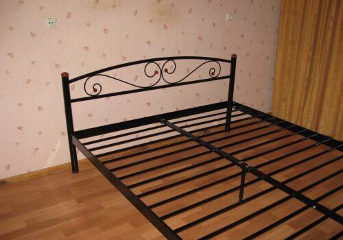 Как выбрать металлический каркас для кровати